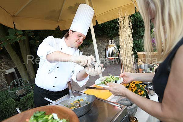 red-line-event-catering-16